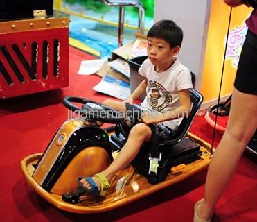 play electric drift car