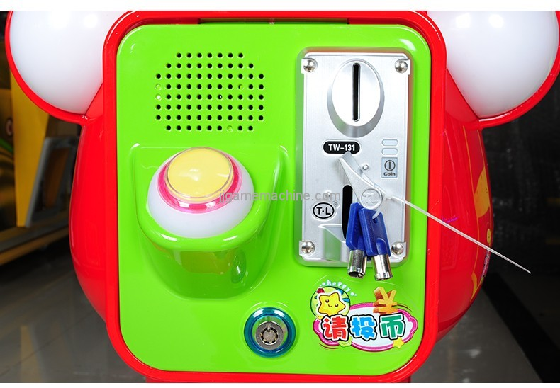 2018 new arrival capsule machine coin-operated toy vending machine plastic capsules