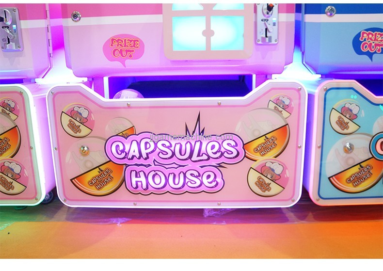 New arrival coin-operated capsule house gashapon balls vending machine