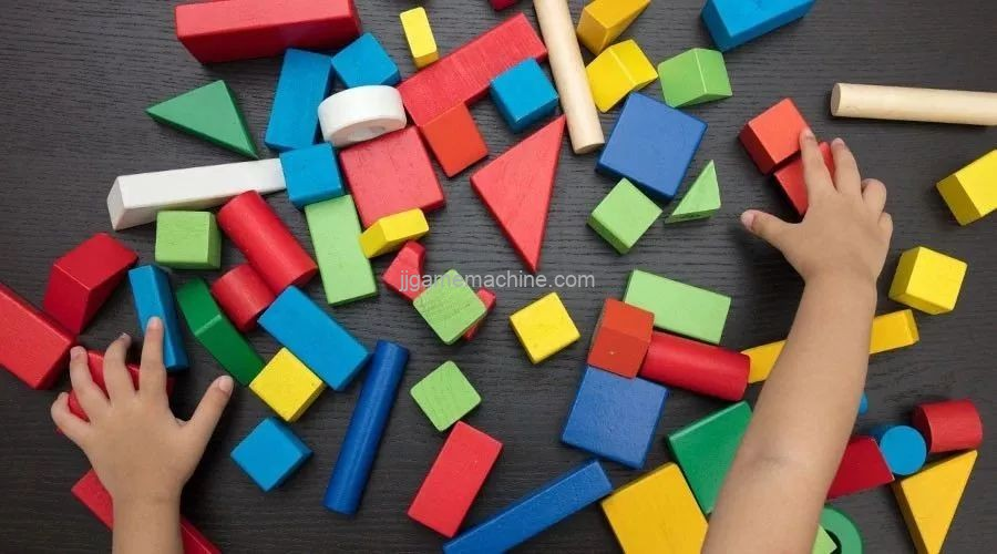 Building Block Area of Indoor Children's Playground: A World Created by Carelessness !