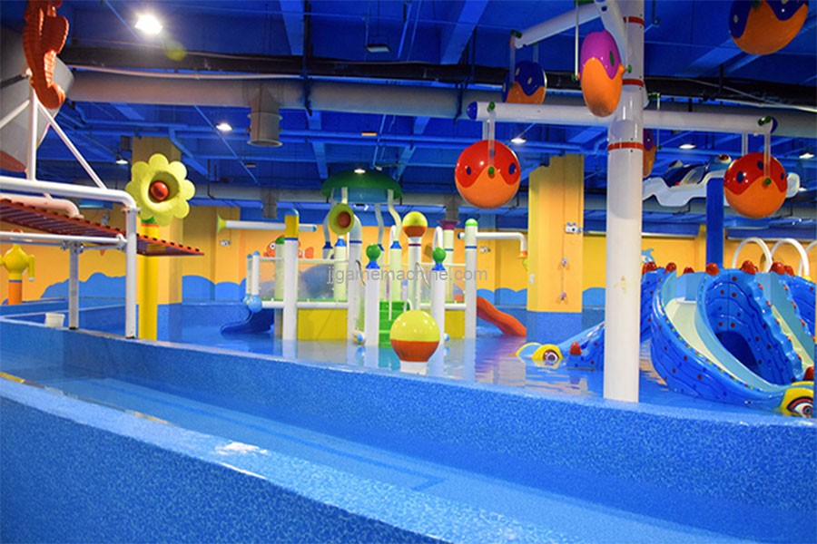 indoor constant temperature children's water park