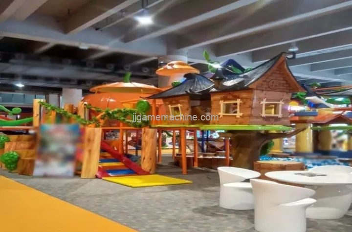How to operate an indoor children's playground?