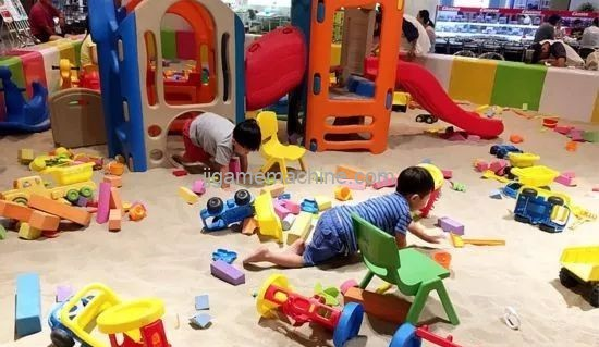 How to differentiate indoor children's playground