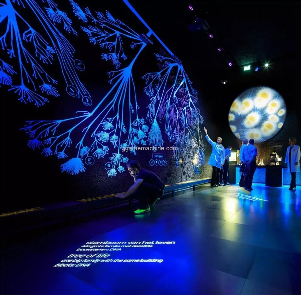 Through a large number of multimedia devices, visitors can see, explore and experience all aspects of microorganisms
