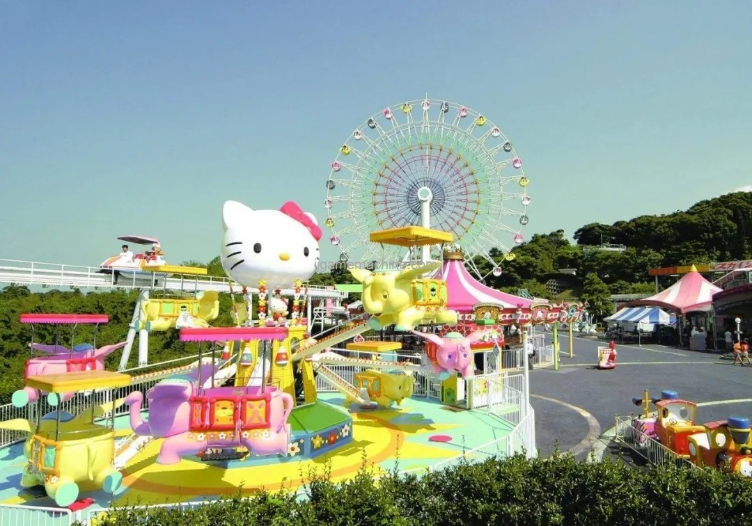 Space color matching of amusement facilities