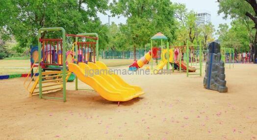 Outdoor No power playground planning